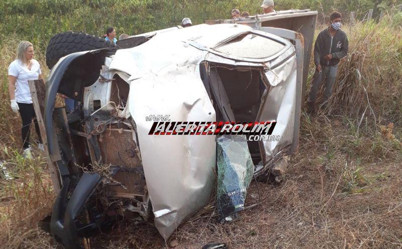 Motorista foi a óbito, após caminhonete capotar na RO-481, em Nova Brasilândia; outra vítima foi socorrida com vida ao Hospital