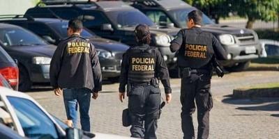 Polícia Federal realiza busca e apreensão durante Operação Macchiato nessa manhã de terça-feira, em Rolim de Moura