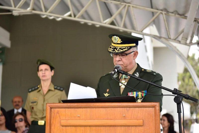 Chefe do Centro de Inteligência do Exército morre por complicações da Covid-19