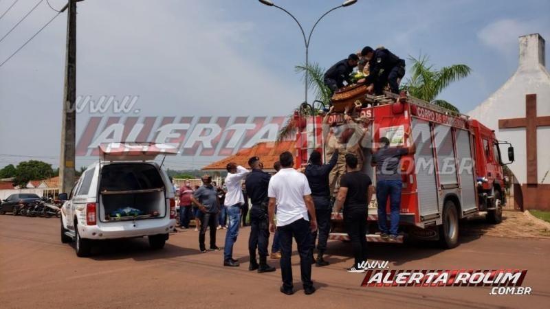 Cortejo fúnebre do Policial Militar da Reserva, José Carlos de Moura, em Rolim de Moura – Vídeo