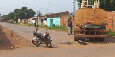motociclista morre atropelado por caminhão, em Porto Velho