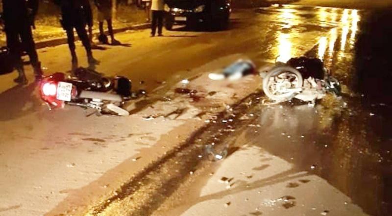 Colisão entre moto entregadores resulta em uma vítima fatal e outro gravemente ferido, em Cacoal
