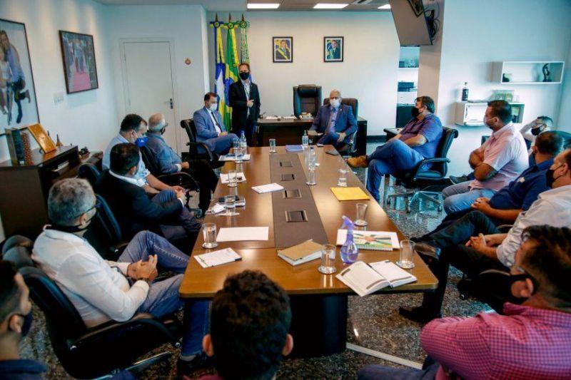 Combate à corrupção e transparência na aplicação dos recursos públicos foram temas de reunião entre Governo e prefeituras