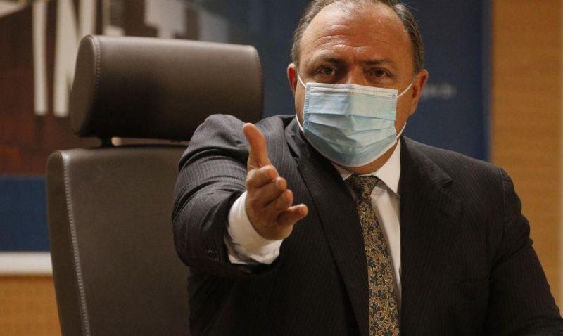 Ministro da saúde anuncia que vacinação contra a Covid-19 iniciará na quarta-feira (20)