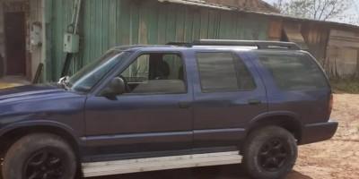 """Empresário cai em golpe ao tentar vender carro; estranho pega veículo """"para testar"""" e desaparece"""