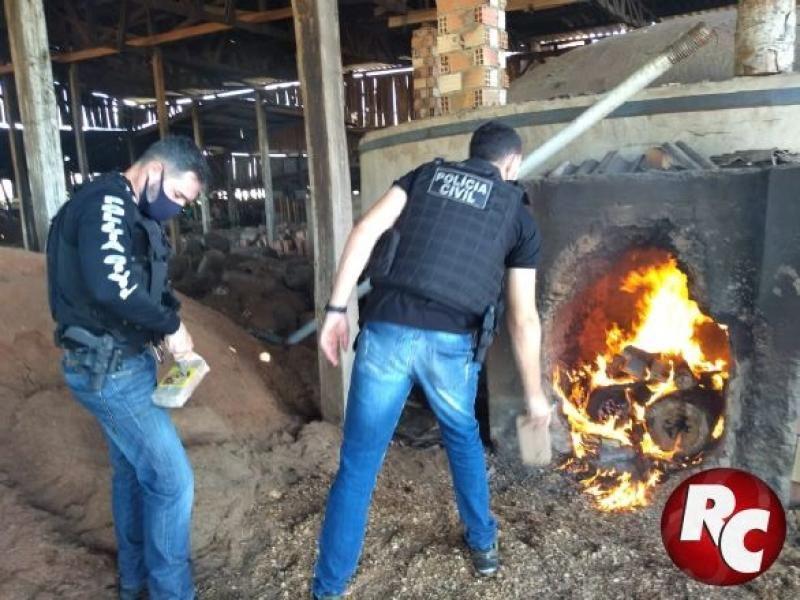 Polícia Civil de São Francisco do Guaporé realiza incineração de aproximadamente 44kg de pasta base de cocaína