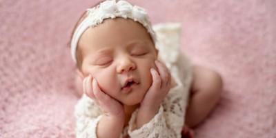 Bebê de 40 dias morre por Covid-19 em MS: 'Ela ficou intubada por 10 dias e não aguentou', diz mãe