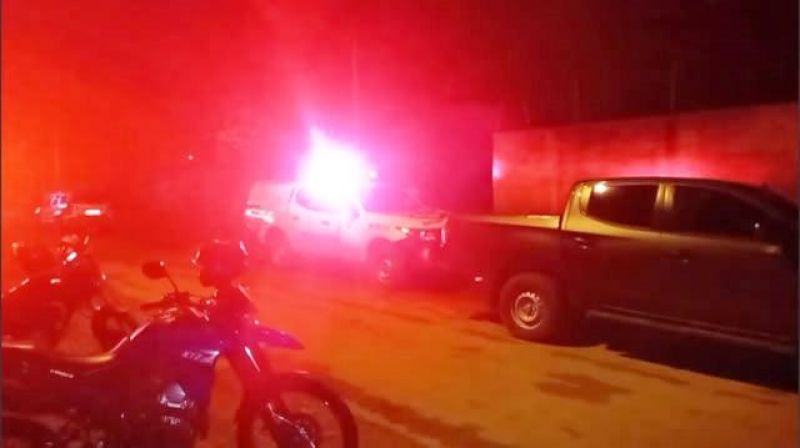 Troca de tiros entre amigos termina com um morto e o outro no hospital em Buritis