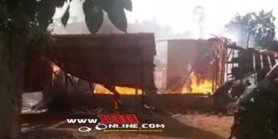 Casa fica completamente destruída pelo fogo na linha 45, em Alta Floresta