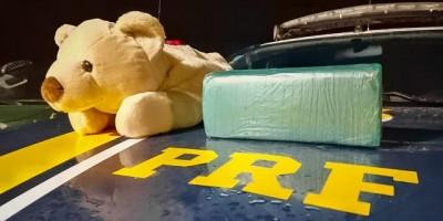 PRF apreende cocaína que estava dentro de urso de pelúcia em RO