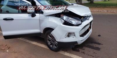 Colisão entre dois carros foi registrada nesta tarde de quinta-feira em Rolim de Moura