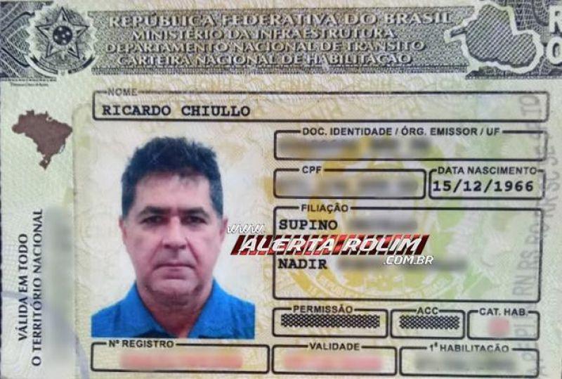 Carteira com documentos encontrados em nome de Ricardo Chiullo