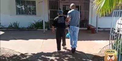 DEAM de Rolim de Moura prende idoso de 85 anos condenado a 14 anos de prisão acusado de estuprar a neta