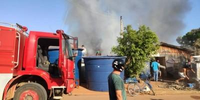 Fogo em depósito de loja mobiliza Bombeiros em Cerejeiras