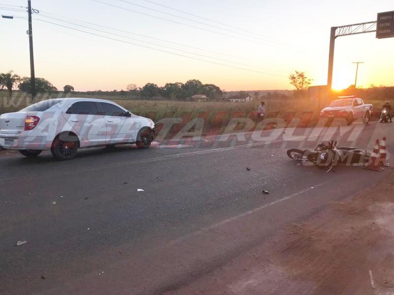 Motociclista é arremessado para baixo de carreta após ser atingido por carro na RO-010 em Rolim de Moura