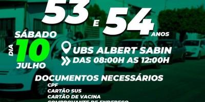 Vacinação em drive-thru acontece neste sábado para pessoas com 53 e 54 anos na Unidade Albert Sabin, em Rolim de Moura