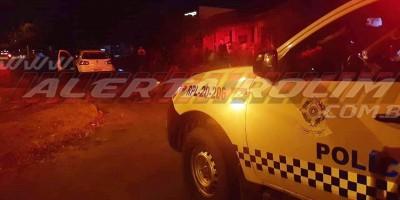 Motociclista inabilitado colide em carro após motorista avançar a via em Rolim de Moura