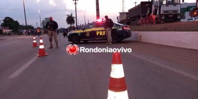 Caminhoneiros bloqueiam BR-364 em Rondônia