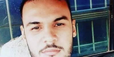 Rapaz de 21 anos morre em Cerejeiras, após perder o controle da motocicleta e atingir árvore em canteiro de avenida