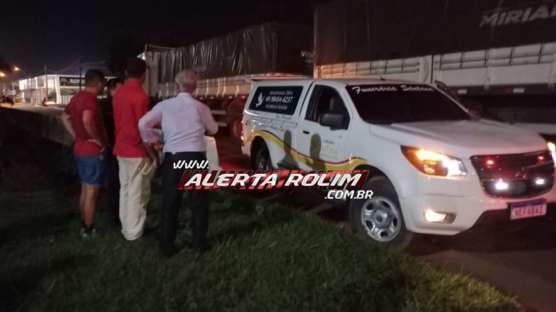 Urgente - Homem morre esmagado por carreta no centro de Rolim de Moura