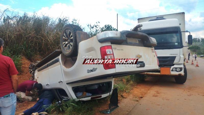 Condutor de caminhonete capota veículo, na RO-481, próximo à Nova Brasilândia do Oeste