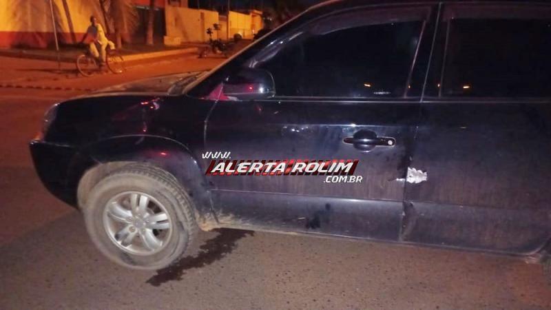 Motociclista fica ferido após colidir em carro, no cruzamento da Rua Barão de Melgaço com a Avenida Cuiabá em Rolim de Moura